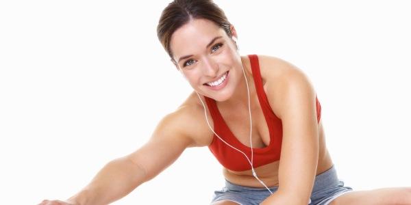 dieta-mulher-exercícios-físicos-em-casa
